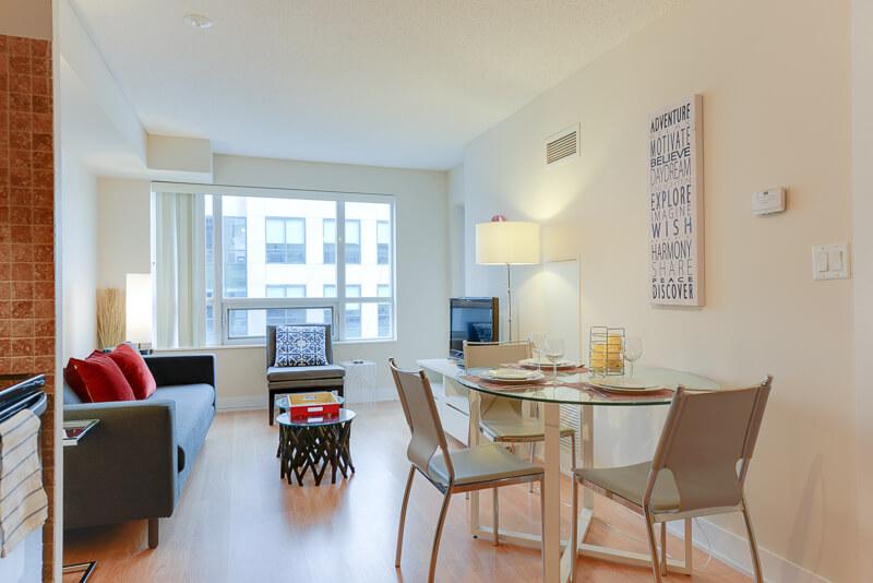 Neon_Suite_Furnished_Rentals_Toronto